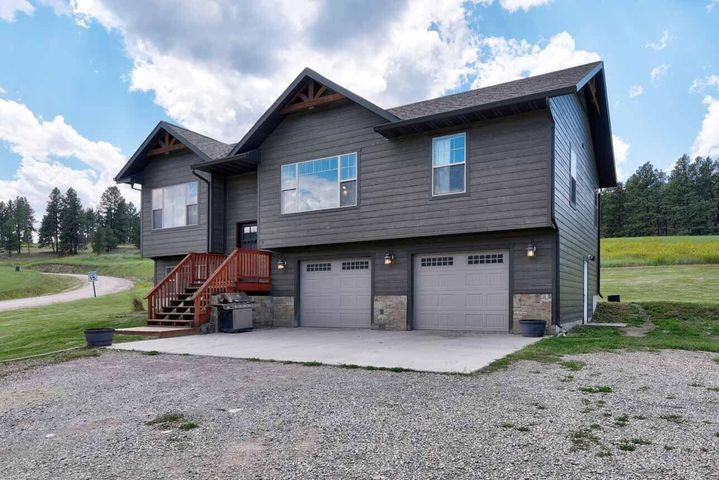 9 Sleepy Hollow Lane, Clancy, MT 59634