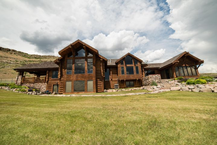 86 Sunflower Lane, Great Falls, MT 59404
