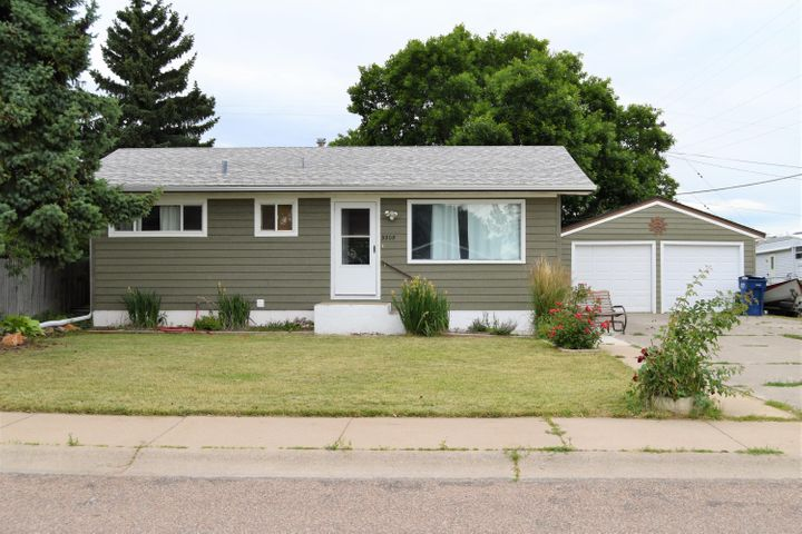 3208 5a Street N E, Great Falls, MT 59404