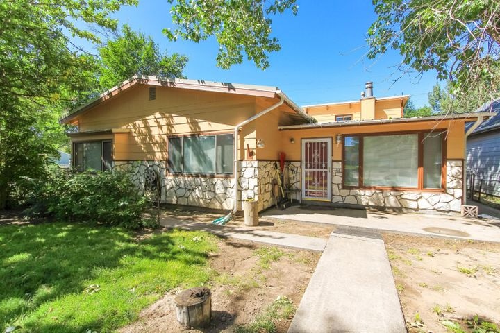 809 4th Avenue S W, Great Falls, MT 59404