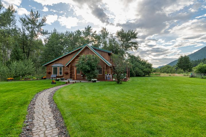 25100/316 Downwind Drive, Clinton, MT 59825