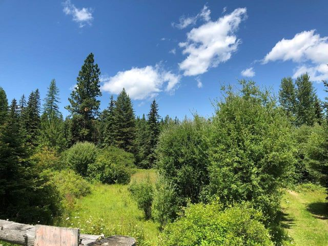Nhn Happy Trails Lane, Proctor, MT 59929