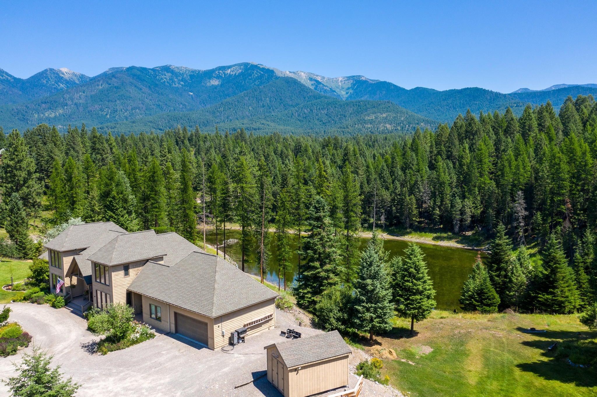 379 Lake Loop Drive, Kalispell, MT 59901