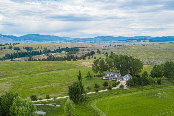 674 Stage Springs Lane, Stevensville, MT 59870