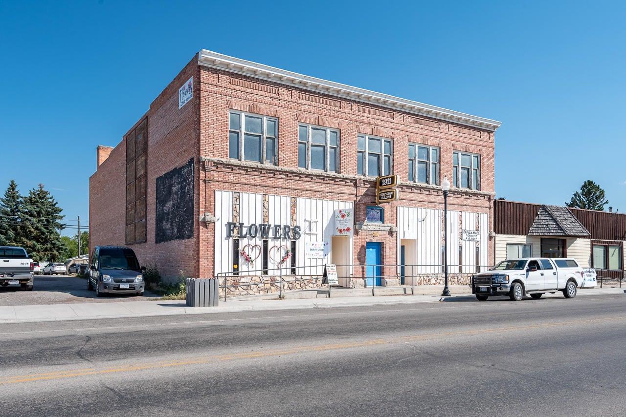415 Broadway Street, Townsend, MT 59644