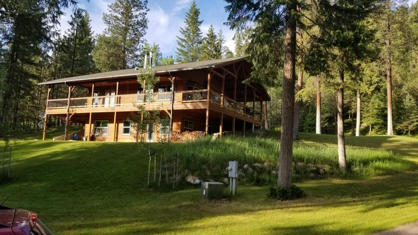 1592 River Road, Troy, MT 59935