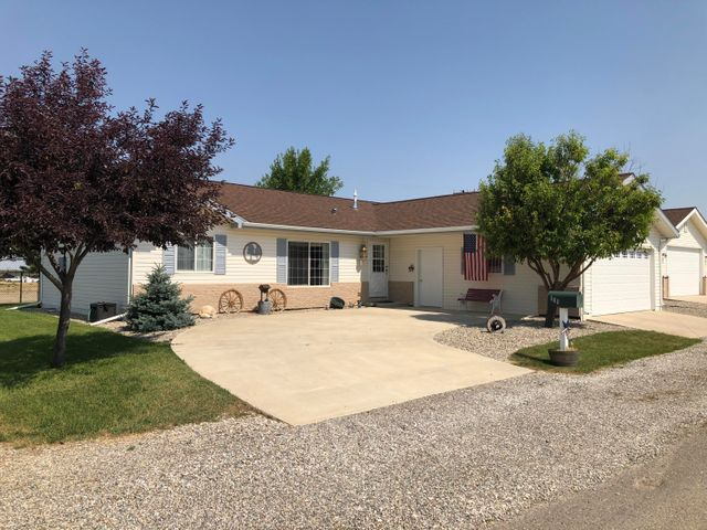 109 5 Th Avenue N W, Conrad, MT 59425