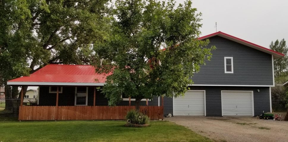 1130 4th Avenue, Vaughn, MT 59487