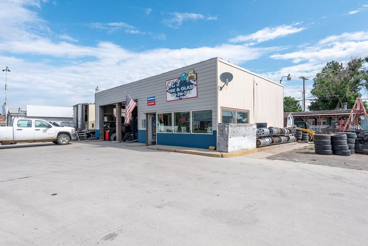 304 N Front Street Kc'S Tire &Glass, Townsend, MT 59644