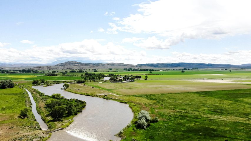 1413 Hwy 72, Bridger, MT 59014