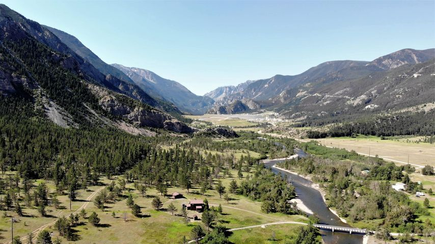 22 Rainbow Ranch Road, Nye, MT 59061