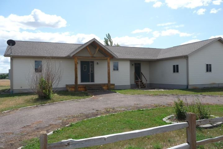 25 Timber Lane, Vaughn, MT 59487