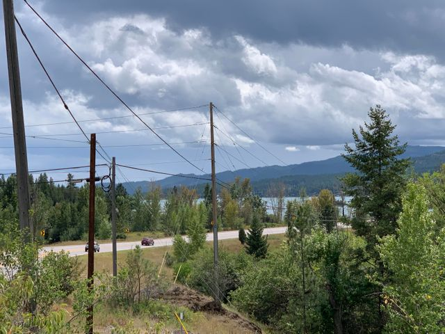 29 Happy Hollow, Somers, MT 59932
