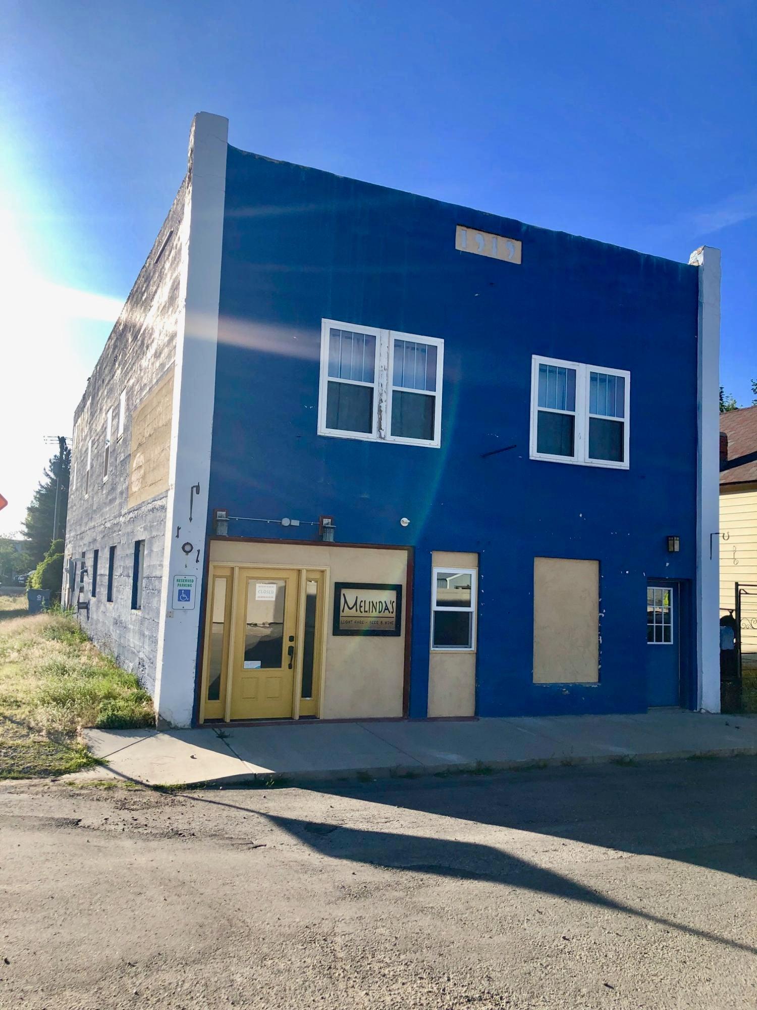 101 N 1st Street, Roberts, MT 59070
