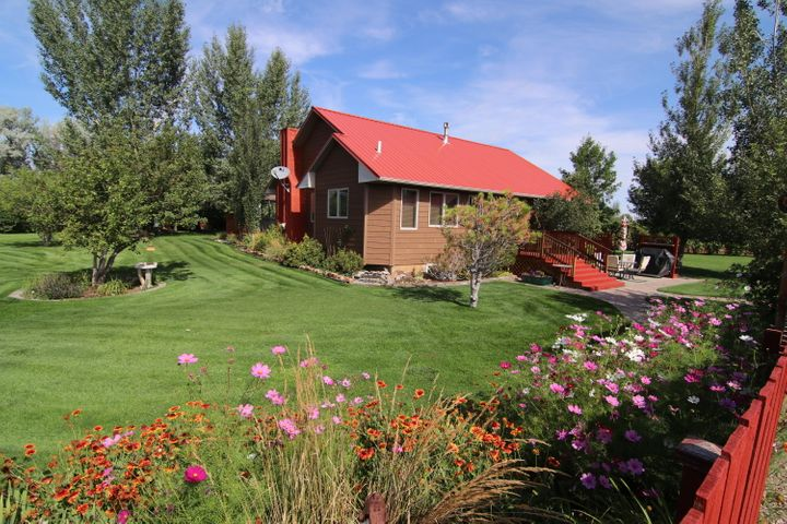 1 Timber Lane, Vaughn, MT 59487
