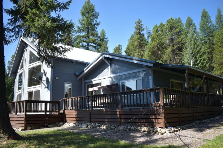 397 River View Drive, Yaak, MT 59935