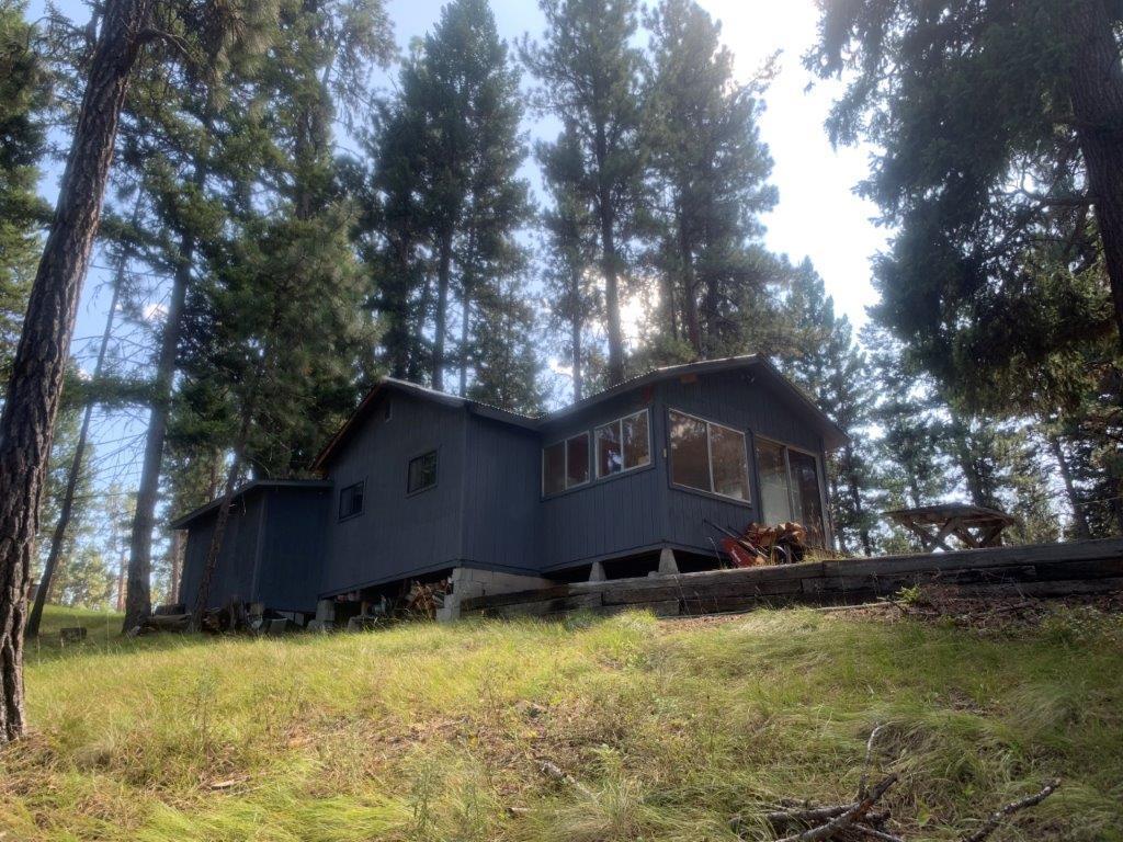 196 Elbow Lake Loop S, Seeley Lake, MT 59868