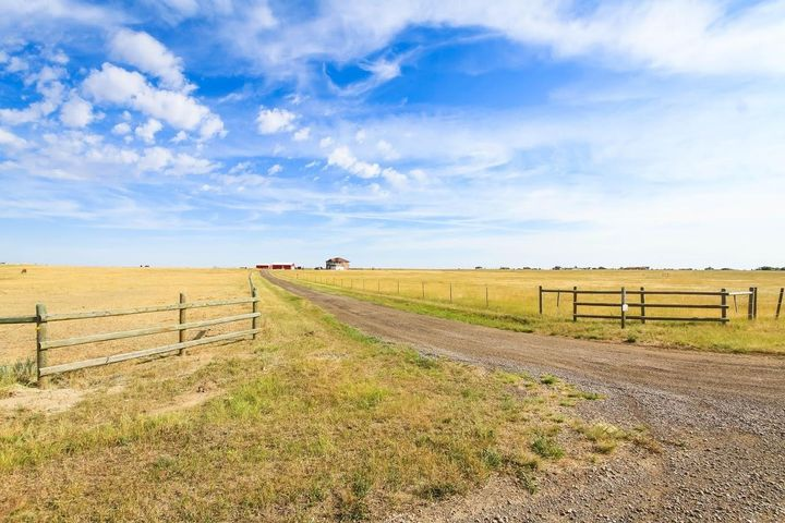 6501 Heavens View Lane, Great Falls, MT 59404