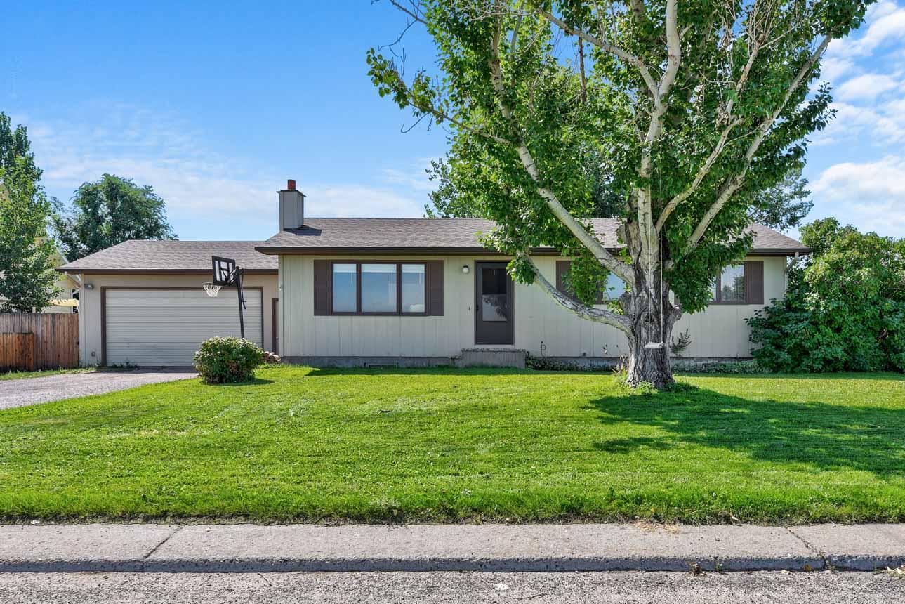 3733 E Lewis Street, East Helena, MT 59635