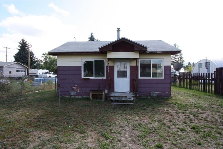 42294 2nd Avenue E, Pablo, MT 59855