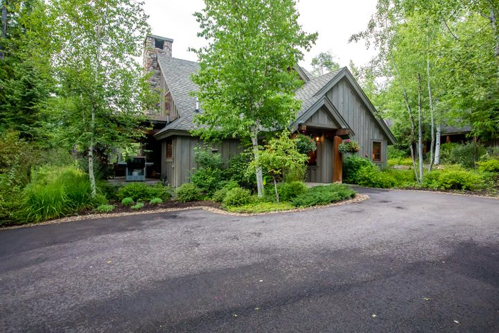 2116 Iron Horse Drive, Whitefish, MT 59937