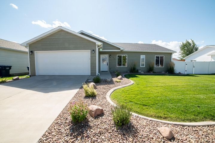 1412 27th Avenue S, Great Falls, MT 59405