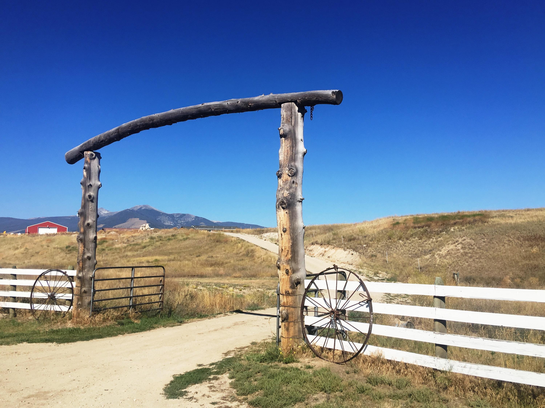 788 Lake Hill Road, Deer Lodge, MT 59722