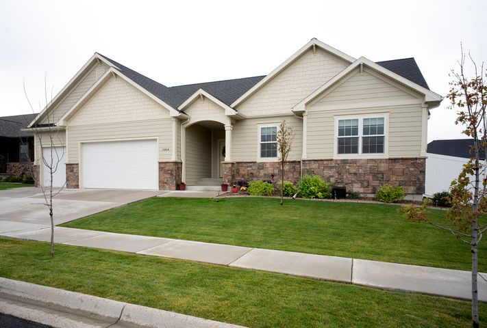 1004 Choteau Avenue, Great Falls, MT 59404