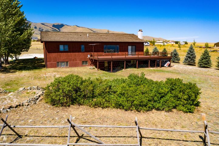 25 Doe Lane, Townsend, MT 59644