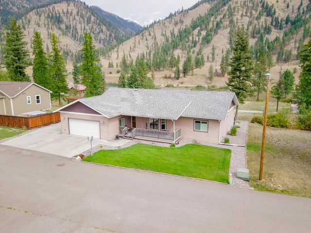 140 Osprey Drive, Superior, MT 59872