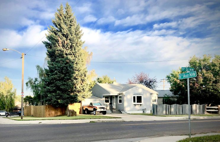 826 6th Avenue N W, Great Falls, MT 59404