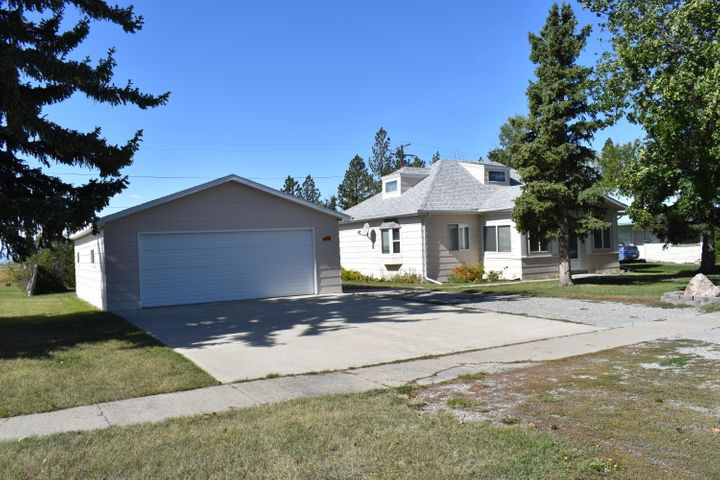 1016 Montana Street, Valier, MT 59486