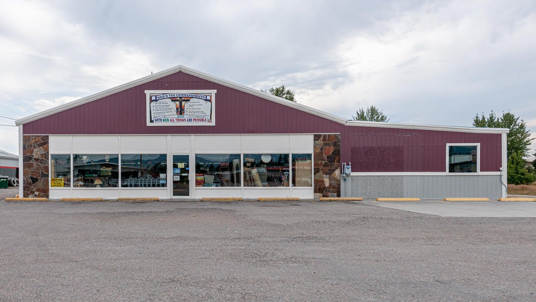 1750 9th Street W, Columbia Falls, MT 59912