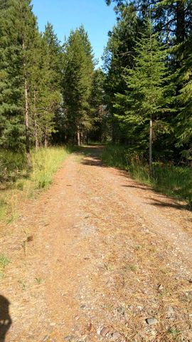 15 Country Road, Noxon, MT 59853
