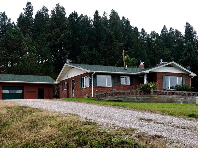 73 Pine Ridge Lane, Lewistown, MT 59457