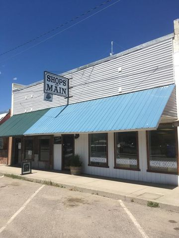 212 E Railroad Avenue, Plains, MT 59859