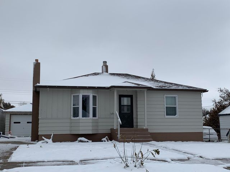121 2nd Avenue S W, Cut Bank, MT 59427
