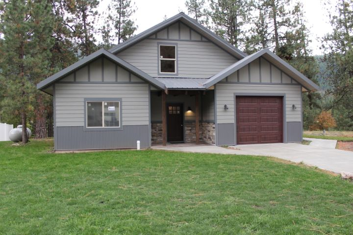 313 Mullan Road W, Superior, MT 59872