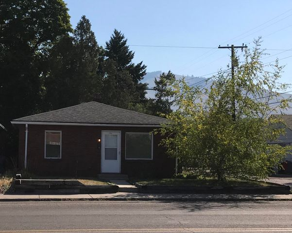 Centrally located in Missoula, this 744 sq. ft. brick home sits 1 block from Rose Park, 1 mile from the Southgate Mall, and 1 1/2 miles to the UM Campus. Just one block South of Brooks Street.  Brand new carpet has been installed in all 3 bedrooms and also new flooring in both bathrooms. New paint throughout.The small yard is great for low maintenance! This is a perfect home for your college student or someone who is eager to add a bit of TLC and and make it a charmer. Lots of potential.Off-street parking.