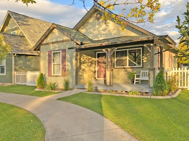 Have you been looking for a freshly updated and well-appointed home in Missoula?  Do you need a comfortably sized two-car garage and an enclosed yard on a corner lot?  4756 Canyon Creek Boulevard features two respectably sized bedrooms, two attractive bathrooms, hardwood floors, updated light fixtures, updated door hardware, new bathroom tile, freshly painted kitchen cabinets, master bedroom and a kitchen/dining space.  This is one of the most updated and polished homes in the Canyon Creek neighborhood!  The yard features low-maintenance vinyl fencing, underground sprinklers and a well-lit patio space ideal for barbecues and entertaining in the summer.  And as the weather fades into winter, you'll appreciate the living room's gas fireplace and low utility bills.  Listed by Aaron A. Curtis.