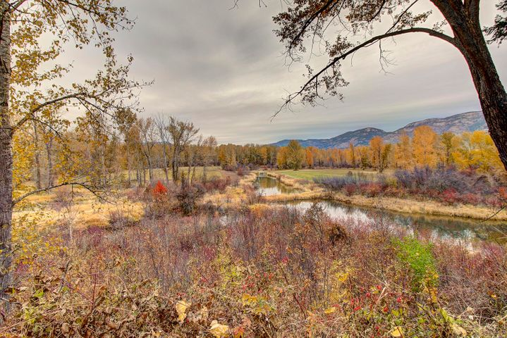 905 River Avenue, Columbia Falls, MT 59912