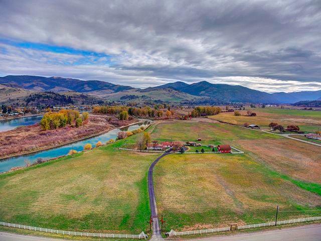 29 River Road W, Plains, MT 59859
