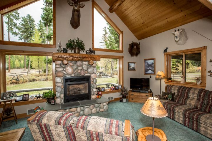 28175 Cougar Trail, Bigfork, MT 59911