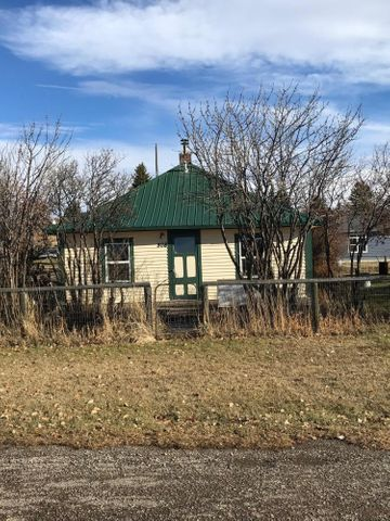 308 N W First Avenue, White Sulphur Springs, MT 59645