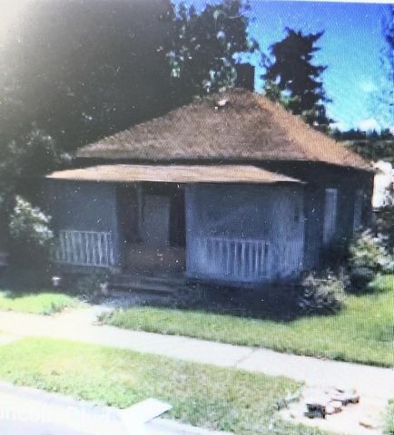 Here is an older home that can use some tlc. TheProperty is located on a corner lot. Call Jackie DeShazer 406-291-0786 ir your real estate professional.