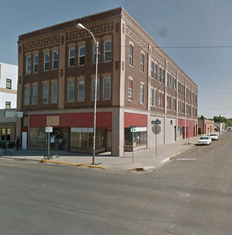 400 2nd Avenue S, Great Falls, MT 59405