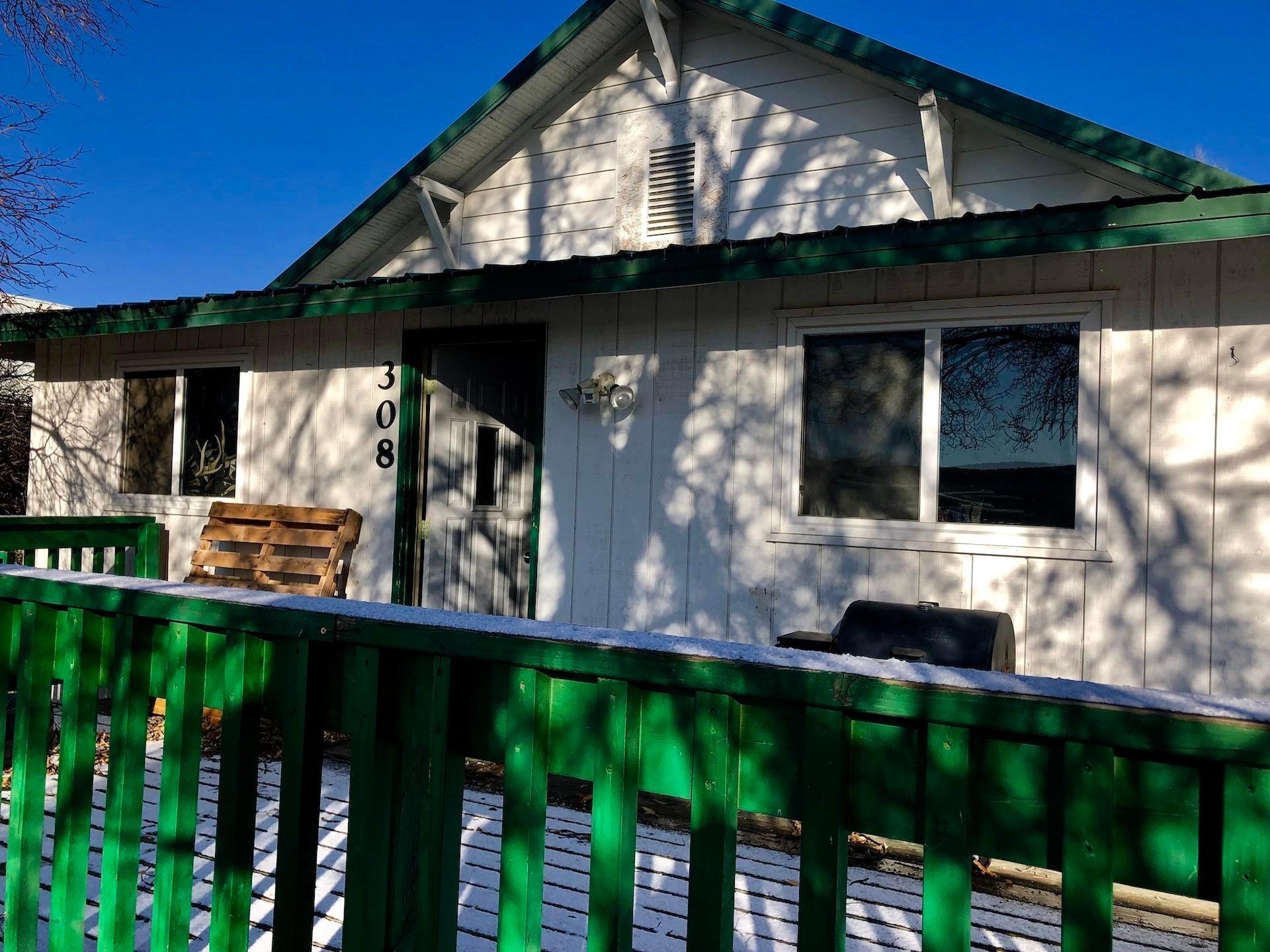 231 1st Street, Grass Range, MT 59032