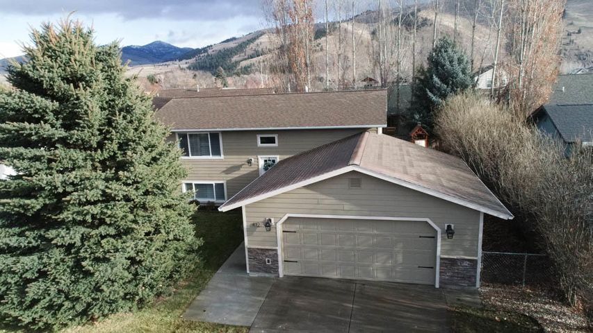 412 Lakeside Drive, Lolo, MT 59847