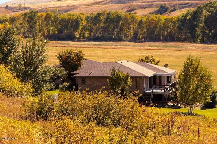 120 Armington Road, Belt, MT 59412