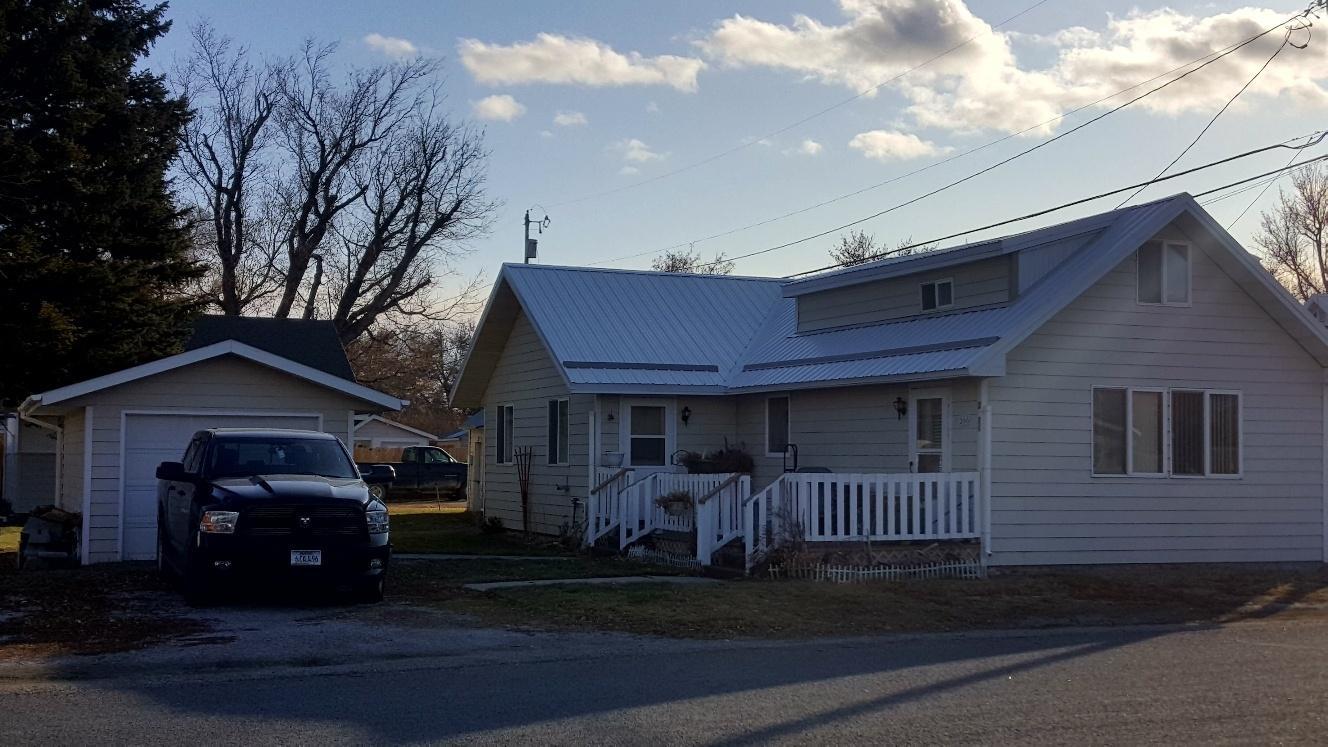 200 1/2 S Spruce Street, Townsend, MT 59644